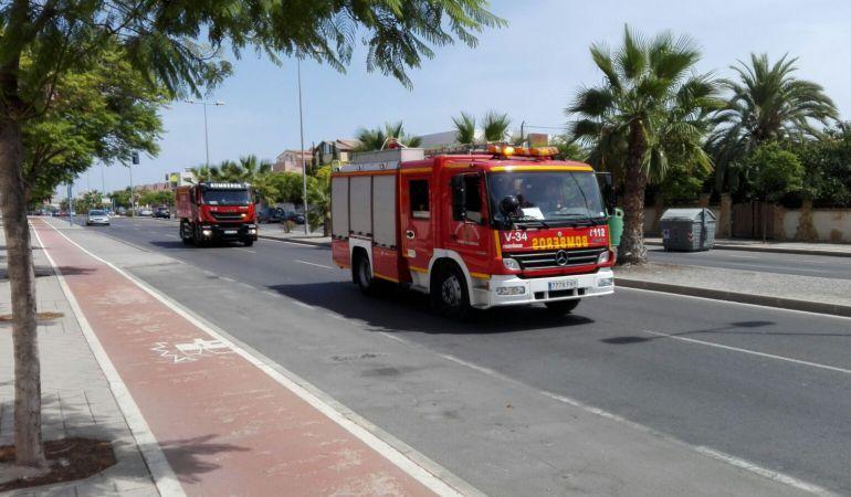 Imagen de archivo de camión de bomberos