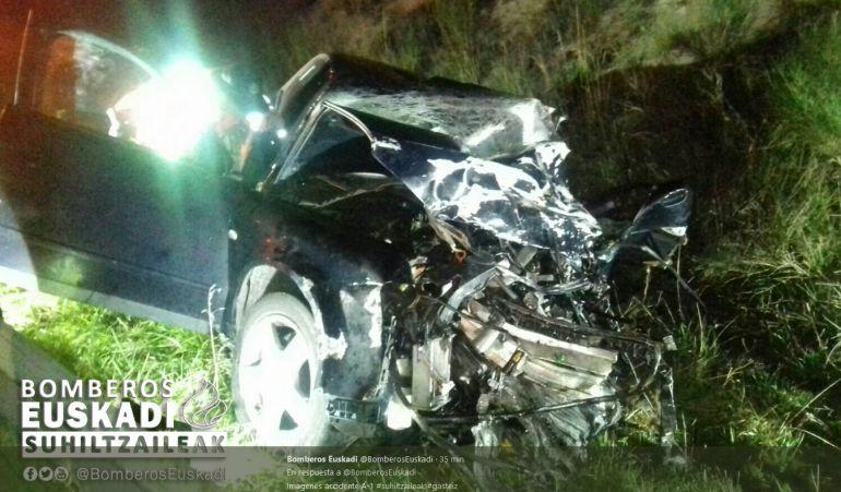 Mueren dos personas en una accidente en en la A-1 en Agurain