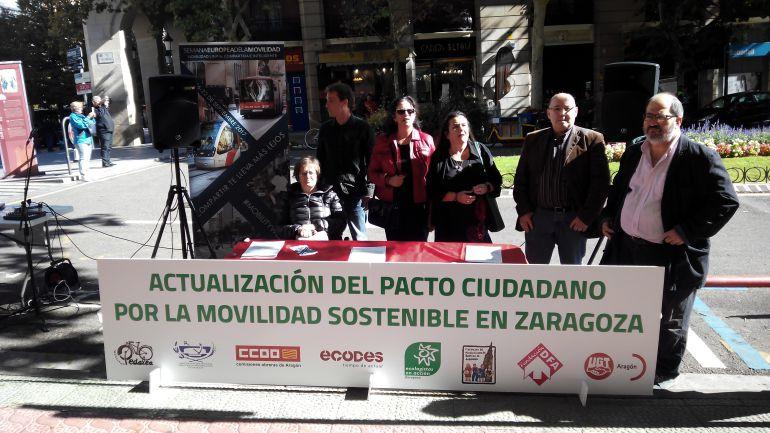 La Plaza de Santa Engracia ha acogido la firma de este acuerdo