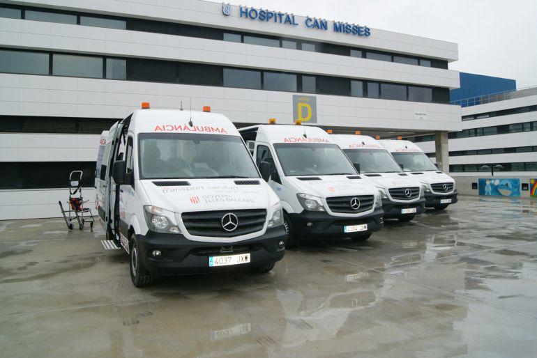 Imagen de archivo de las nuevas ambulancias adquiridas por las Consellería hace algunos meses