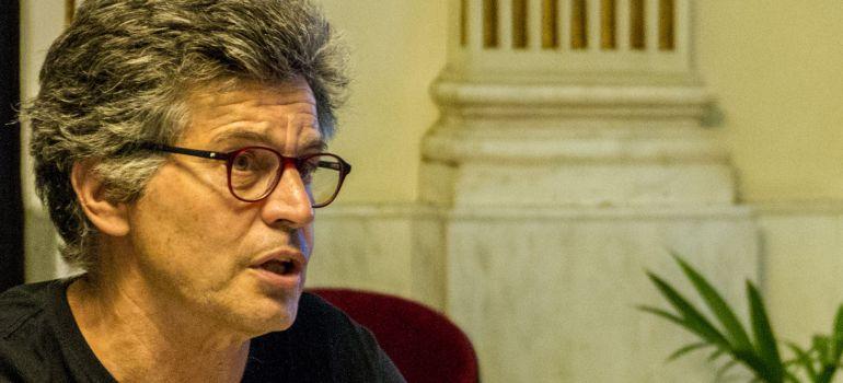 Juan Clavero, durante una reunión en el Ayuntamiento de Cádiz
