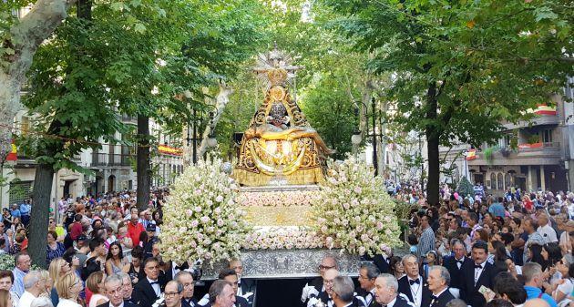 Procesión de la Virgen de las Angustias, patrona de Granada