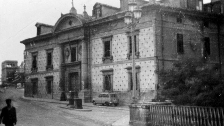 Antigua fachada del edificio de la Casa de la Beneficencia.