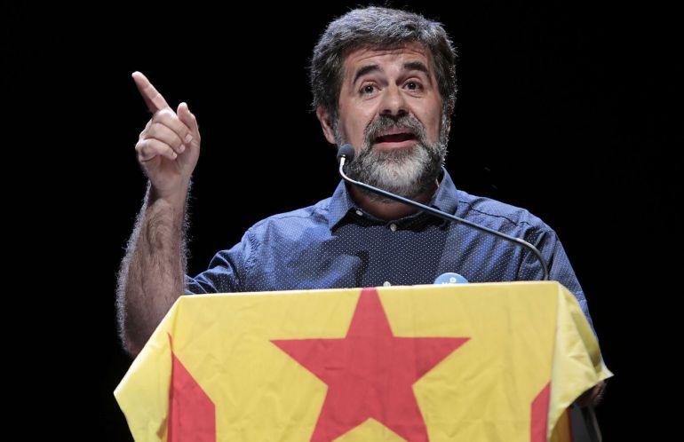 El presidente de la ANC, Jordi Sánchez, durante el acto unitario con el lema 'La respuesta es Sí', celebrado esta tarde en la localidad barcelonesa de Vic.