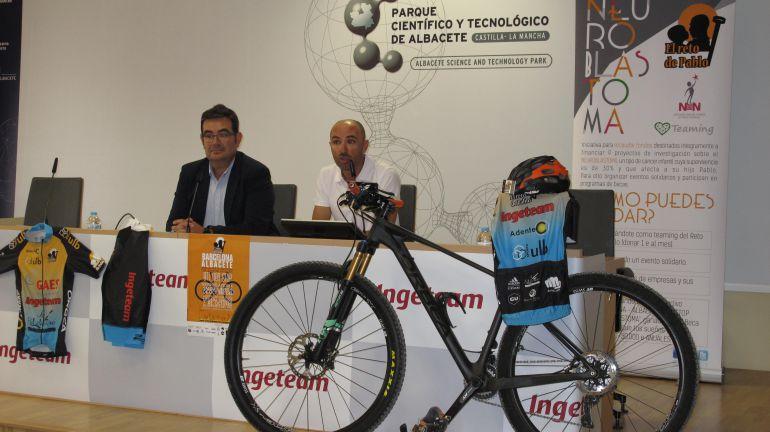 650 kilométros en bicicleta para investigar el cáncer infantil