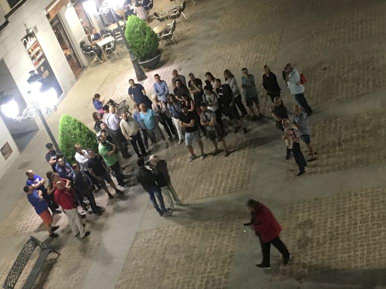 Protesta a las puertas del Ayuntamiento