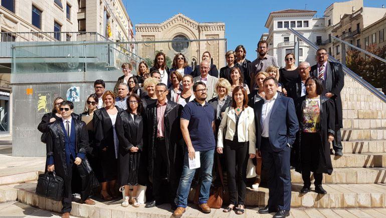 Voluntaris al torn d'ofici i advocats que assessoraran gratuïtament: Voluntaris al torn d'ofici i advocats que assessoraran gratuïtament