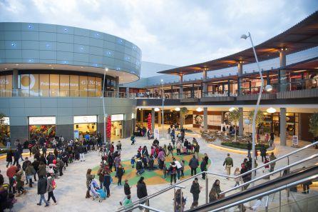 Centros comerciales: Nuevo acceso a La Dehesa y Quadernillos
