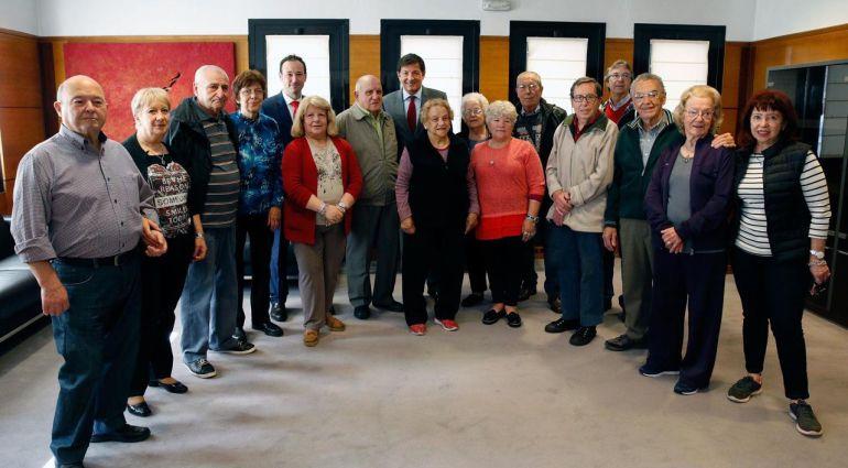 Los emigrantes asturianos a la Argentina con el presidente del Principado