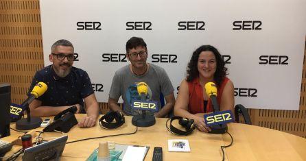 Mariano López junto a Paco y Maica Sánchez en los estudios de Radio Murcia.