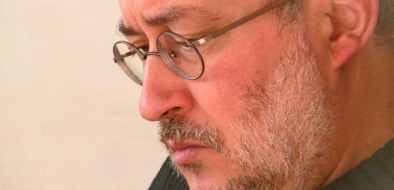 """Jorge Riechmann: """"Necesitamos cambiar el metabolismo de nuestra sociedad"""""""