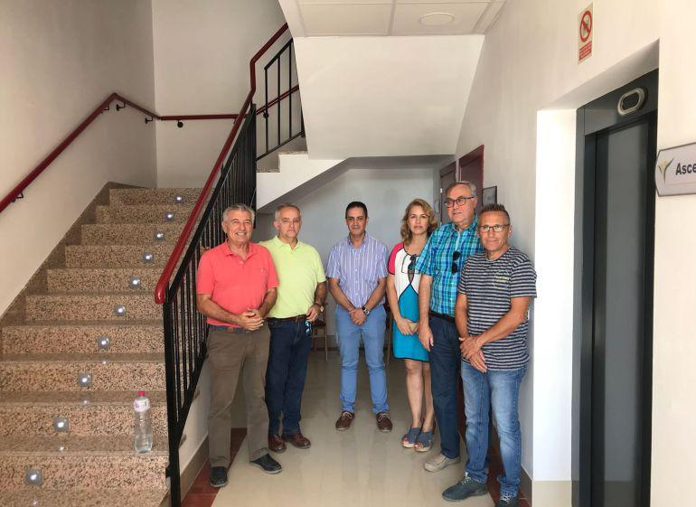 Visita de los miembros de la corporacion municipal a la residencia de trastornos del espectro autisita y alteraciones  graves de conducta antes de su apertura