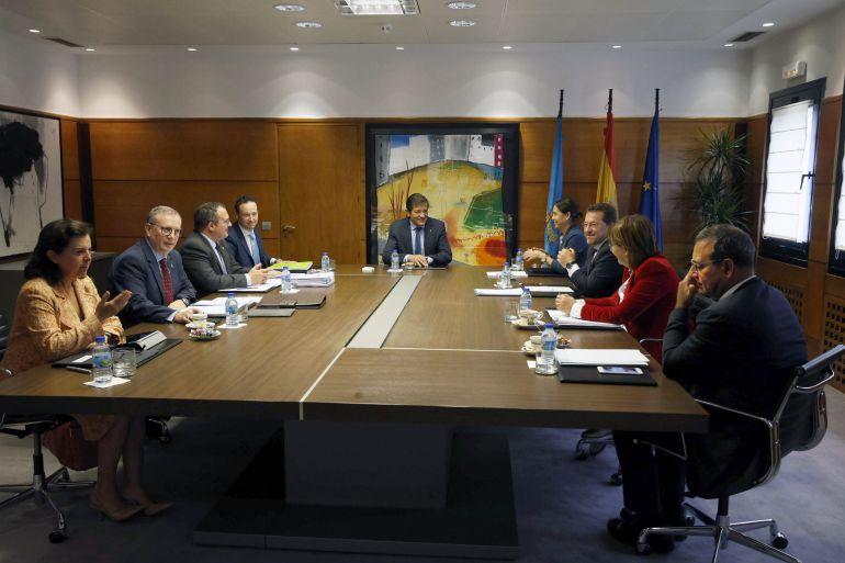 Un momento de la reunión del Consejo de Gobierno presidido por Javier Fernández.