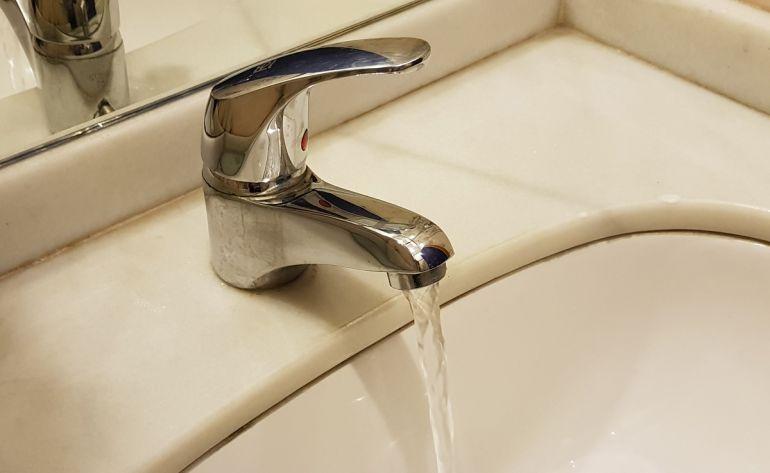 El agua potable que sale por el grifo en Granada es de las mejores de Europa