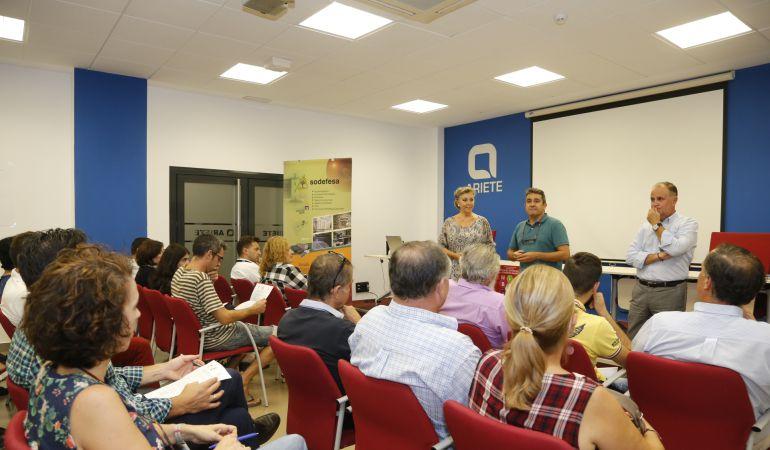 Mairena del Aljarafe pone en marcha su Plan para Fomento del Comercio de Barrio