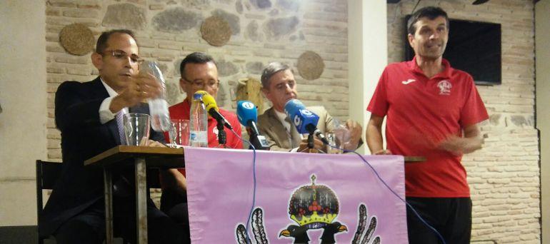 De izquierda a derecha: Jose María Cortés (Liberbank), Pedro Guijarro, Alfonso Alcázar (Tello) y Jose María Saldaña