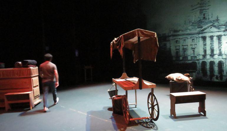 Decorado preparado para la obra 'El Tío Caniyitas o El Mundo Nuevo de Cádiz'