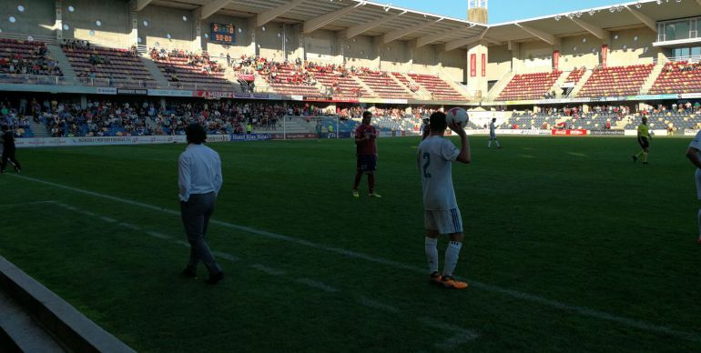 El Pontevedra consolida su juego ante el Real Madrid Castilla: El Pontevedra consolida su juego ante el Real Madrid Castilla
