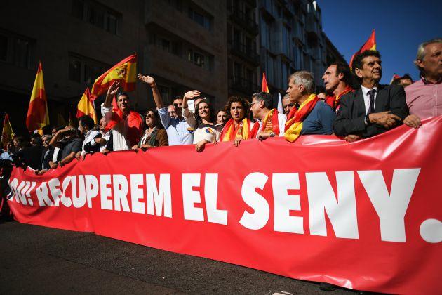 Fotogalería | Masiva manifestación en Barcelona por la unidad de España