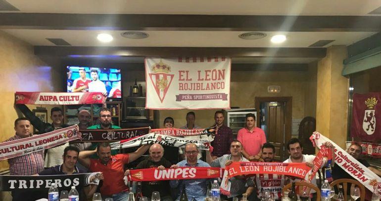 Aficionados de ambos equipos se reunieron en León