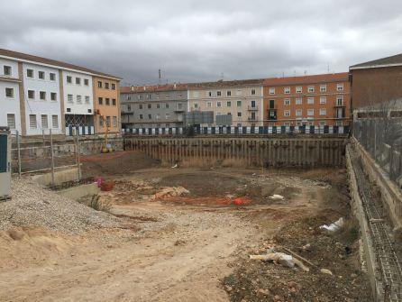 Las obras del aparcamiento de Astrana Marín llevan varios años paralizadas