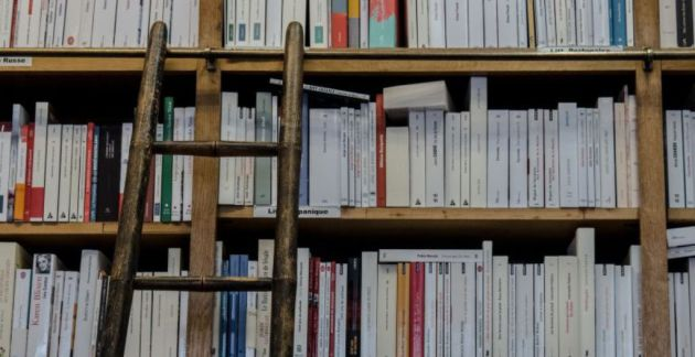 'Un clásico es un libro que nunca termina de decir lo que tiene que decir'. Italo Calvino.