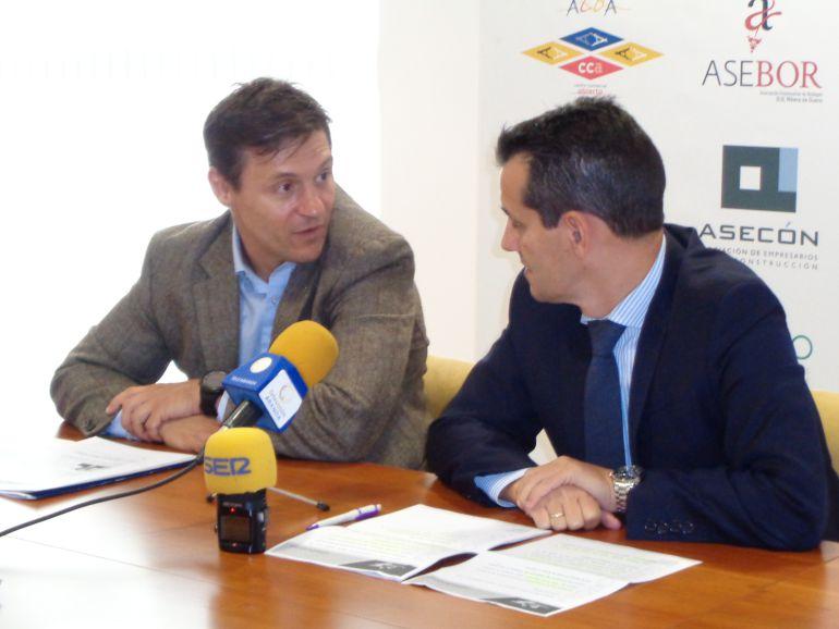 Pedro Sardina, vicepresidente de ASEMAR, y Raúl Vega, responsable del área de Empresa de Fundación Caja de Burgos