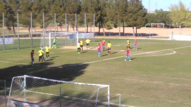 La AD San Clemente jugará en Las Pedroñeras mientras se cambia el césped del Municipal