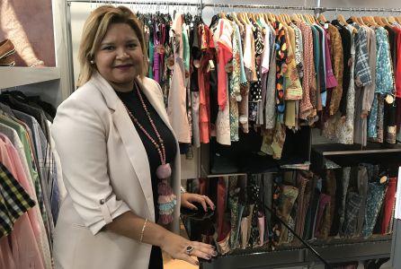 Gisela Minda en la tienda Moda-RE de Cáritas.