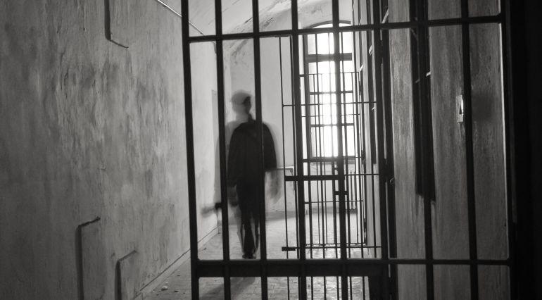Tres años de cárcel para el traficante drogado y sin carné que se durmió al volante