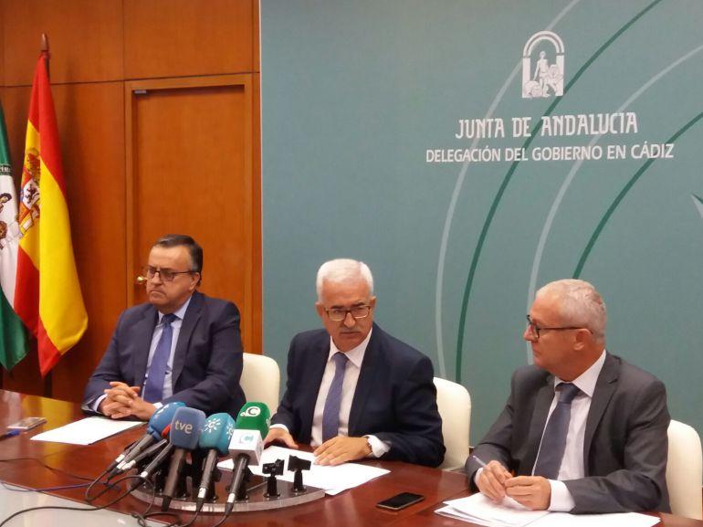 Presentación de los presupuestos de la Junta en Cádiz