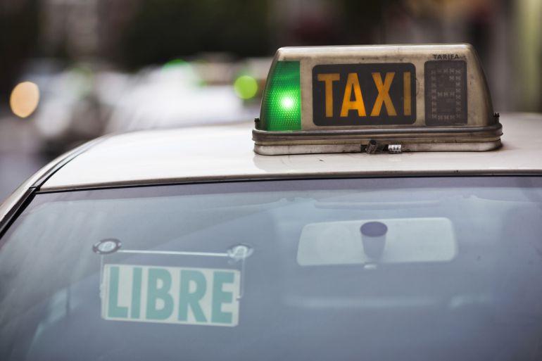 Los taxistas esperan que su parada definitiva esté en Camino de Santiago