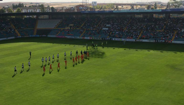Imagen del club. Choque entre Salmantino y Burgos Promesas 2000.