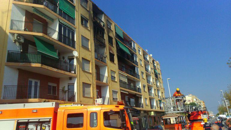 Un fallecido en el incendio de una vivienda en Puzol