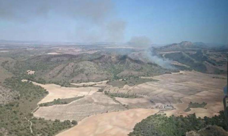 Controlado el incendio forestal de Hellín