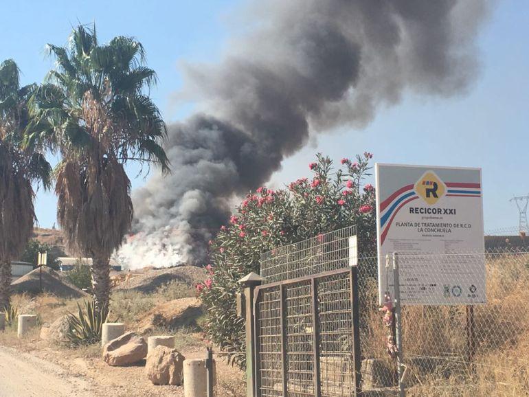 Imagen del incendio de la planta de Recicor