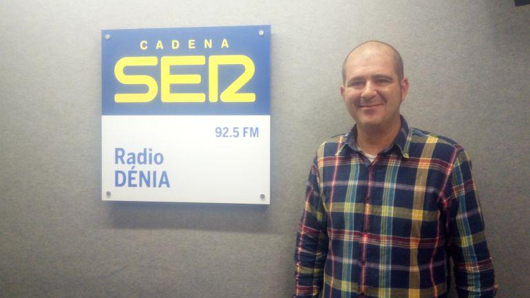 Jorge Camino, de La Toscana Flors, en Dénia, en su visita a 'Hoy por Hoy Dénia y Comarca'.