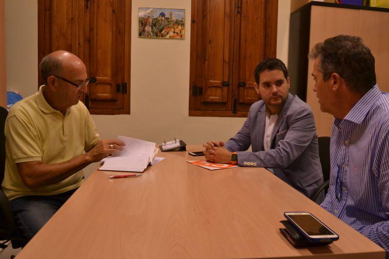 Encuentro de Ciudadanos con la Asociación de Vecinos de La Hoya