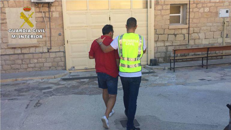 La Guardia Civil ha detenido en Novelda al presunto autor de las estafas