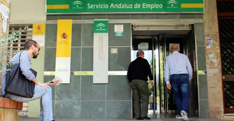 Imagen de una oficina del Servicio Andaluz de Empleo
