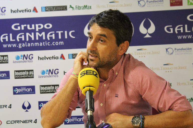 Pepe Masegosa durante la rueda de prensa del viernes en Chapín