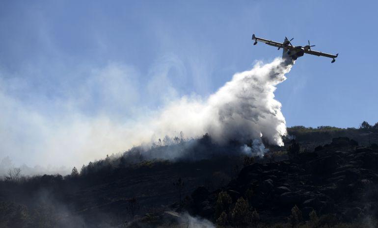 Los incendios en pleno mes de octubre siguen cebándose con la Provincia de Lugo