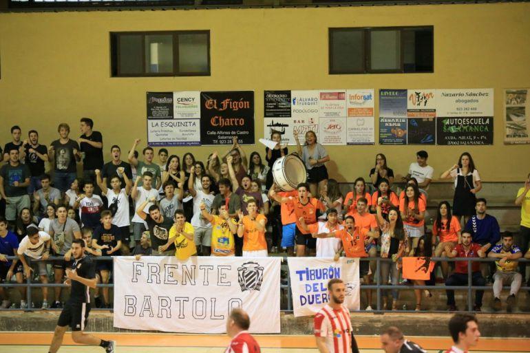 El Frente Bartolo también lo forman socios del Balonmano Ciudad de Salamanca.