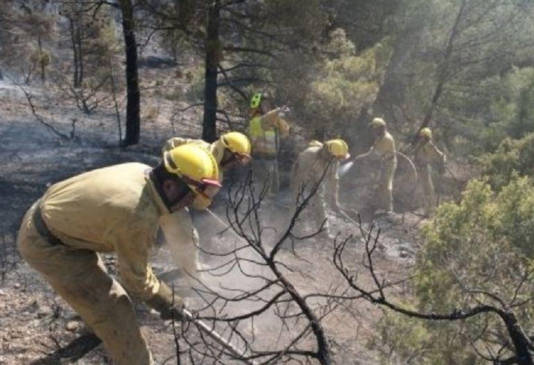 Foto de archivo de una cuadrilla del operativo de lucha contra incendios