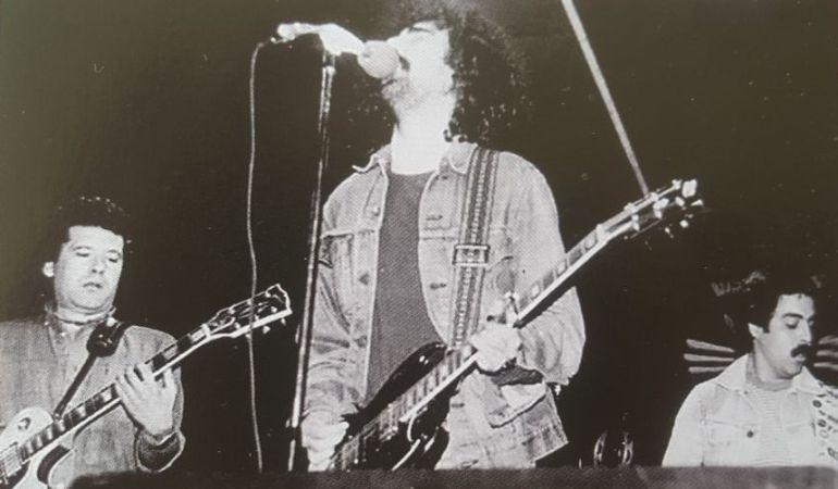 Ángel Ruiz (izquierda) durante un concierto