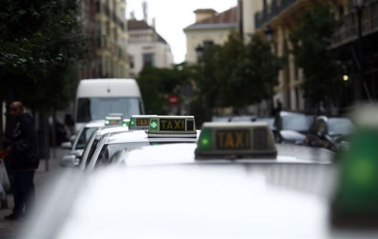 Las Palmas de Gran Canaria no llega al mínimo de taxis adaptados