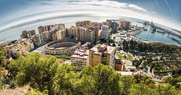 Turismo en Málaga: Málaga acabará 2017 con 1,3 millones de turistas y cierra un verano histórico
