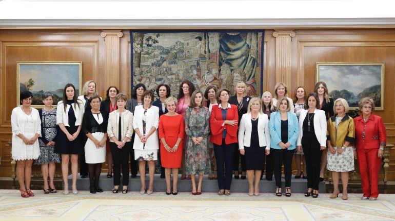 La reina doña Letizia valora el trabajo de Afammer en su 35 aniversario