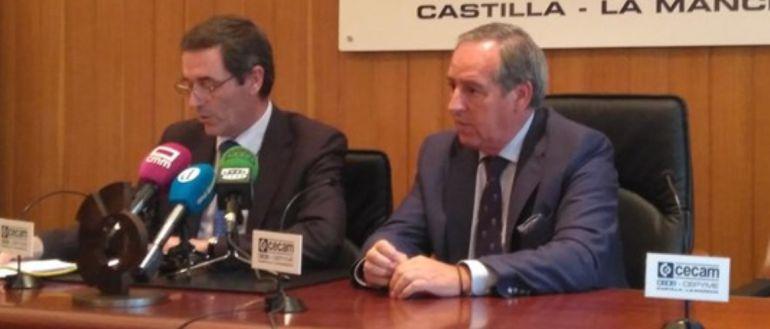 A la izquierda, Félix Peinado, secreterio general de CECAM, y a la derecha Ángel Nicolás, presidente de CECAM