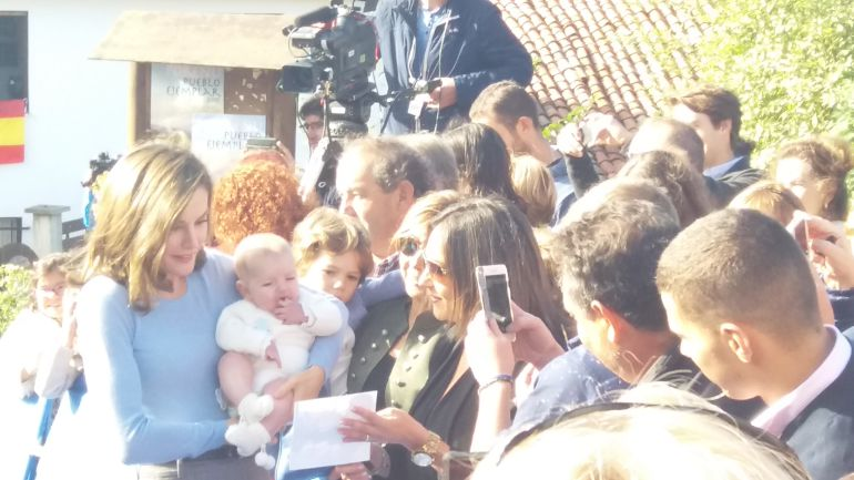 la reina Letizia, en un momento de la visita a Poreñu